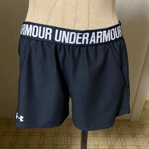 UNDER ARMOUR sz XS Black Logo Waistband Shorts
